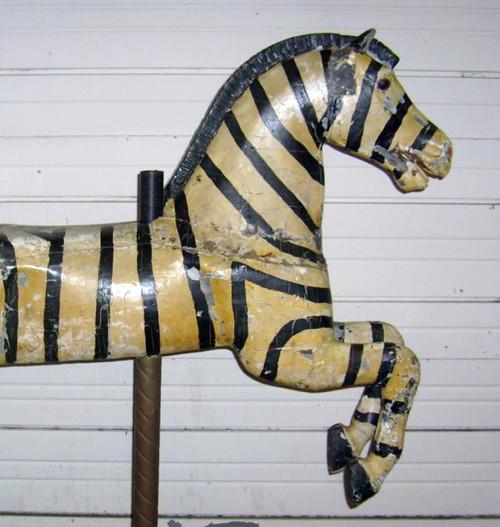 1920s_Herschell-Spillman_Zebra-bust