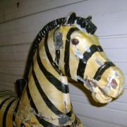 1920s_Herschell-Spillman_Zebra-head-front
