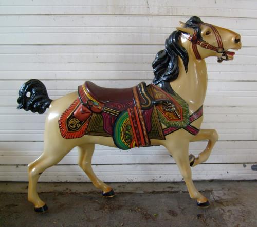 Dentzel-Muller-gun-horse-romance