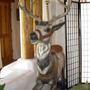 Dentzel-sweet-face-deer-front