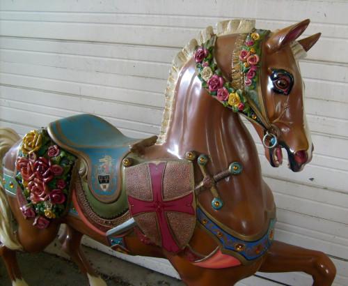 Dentzel_flower_horse-front
