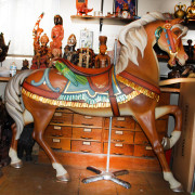 EJMorris_DBL-Parrot-saddle-stander-full-romance