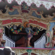 Frei_Munich_Octoberfest_Orgel-detail3