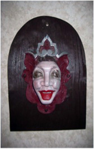HS_Shield-queen-faceb
