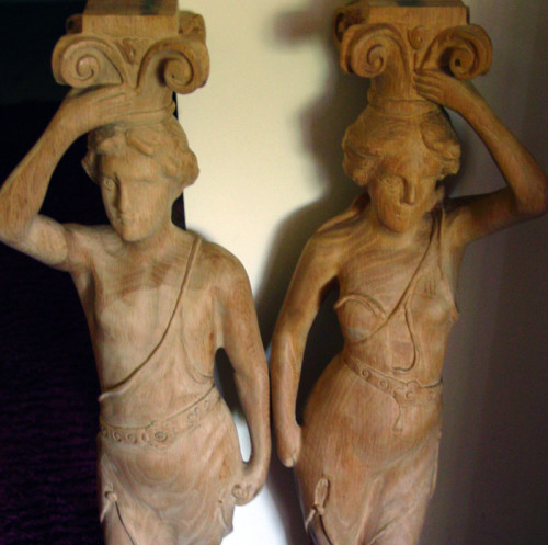 Newly_Carved_Band-Organ_figures-thumb