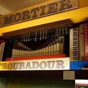 T.Mortier_105_key-front-center