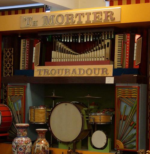 T.Mortier_105_key-front-center2
