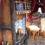 1898-roulotte-anglaise-gypsy-wagon-TT-stove-int