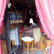 1898-roulotte-anglaise-gypsy-wagon-int2