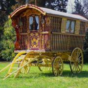 1902-original-Hearst-gypsy-wagon-full-1
