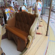 Bertazzon-carousel-chariot-seat