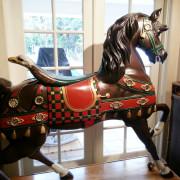 Ca-1900-Looff-carousel-stander-restored