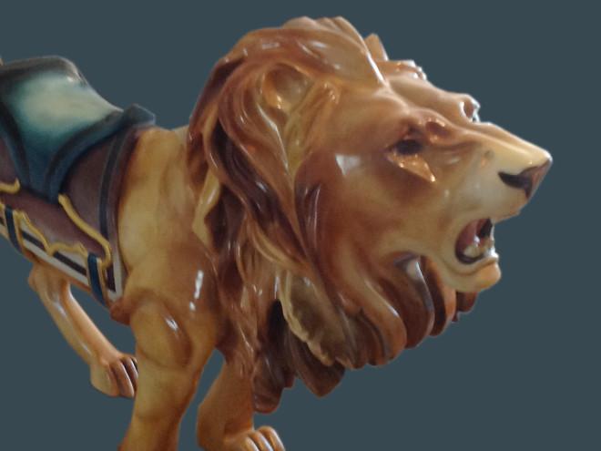 Rare-Ca-1905-M-C-Illions-carousel-lion-bust