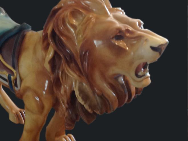 Rare-M-C-Illions-carousel-lion