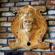 wooden-carousel-jester-shield