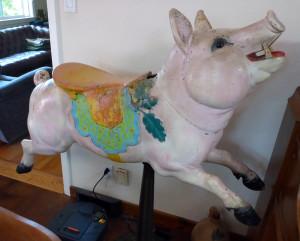 Dentzel-carousel-pig-romance