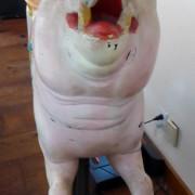 Dentzel-pig-front