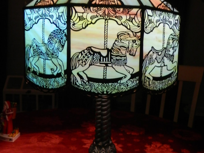 Handcrafted-carousel-lamp2