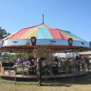ca-1947-Theel-2-row-carousel