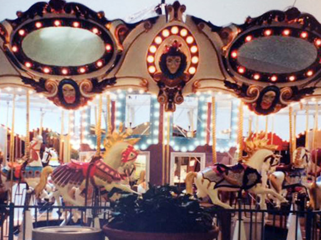 Little-beauty-carousel-Illions-Carmel-style-horses