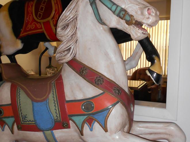 c-1900-Heyn-parade-knight-horse-bust