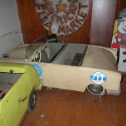 ca-1950s-Hennecke-German-auto-carousel-cars